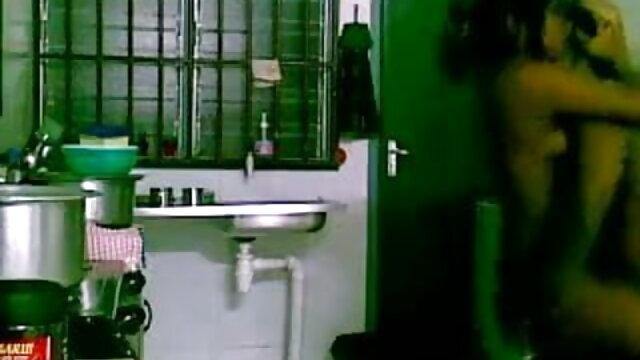 एक गर्मजोशी से स्वागत वापस घर मूवी सेक्सी पिक्चर वीडियो में