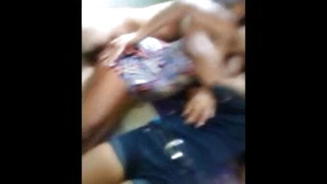 हॉट बस्टी ब्रुनेट एंजेलिका बकवास ग्लास हिंदी में सेक्सी वीडियो मूवी डिल्डो