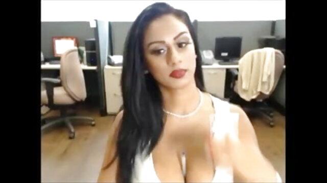 चोरी सेक्सी मूवी इंग्लिश में वीडियो