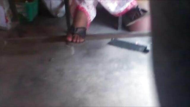 हैप्पी हिंदी में सेक्सी फिल्म मूवी बर्थडे कोको-बाय पैक्समैन्स