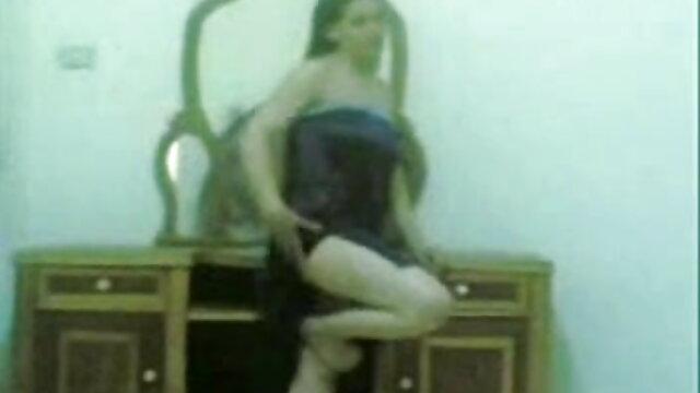 जांघ उच्च चमड़े के जूते मूवी सेक्सी पिक्चर वीडियो में
