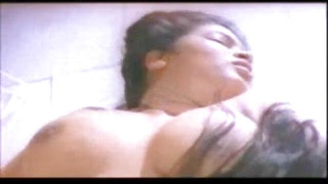 शौकिया युगल वेब कैमरा भोजपुरी में सेक्सी मूवी 1