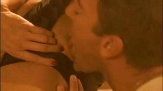 स्ट्रैपऑन हिंदी में सेक्सी मूवी वीडियो गर्लफ्रेंड 3