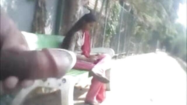 छिपा हुआ लाल हिंदी में सेक्सी वीडियो फुल मूवी डिल्डो