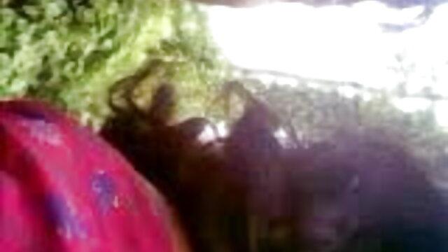 चंचल हंसमुख मुर्गा सवारी मूवी सेक्सी फिल्म वीडियो में