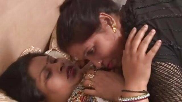 एक काली चीयरलीडर हिंदी में फुल सेक्सी मूवी को चोदना