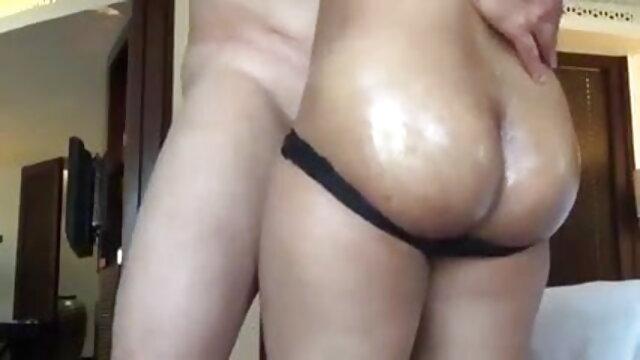 डेस्टिनी डेविल को एक हॉट क्रीमपाइ सेक्सी मूवी इंग्लिश में मिलती है