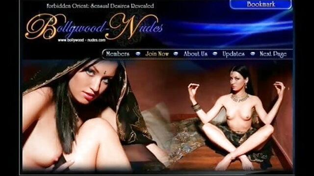 स्तन हिलाने के साथ कुतिया हिंदी में सेक्सी फुल मूवी