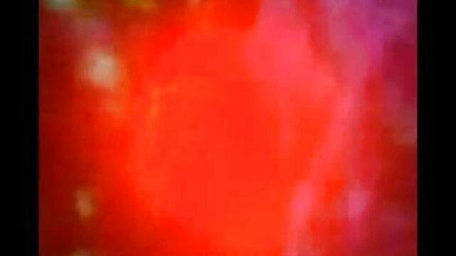 लाल सेक्सी मूवी हिंदी में सिर किशोर चार लोगों को मारता है