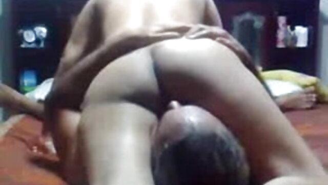 lezdom सेक्सी मूवी हिंदी में सेक्सी मूवी